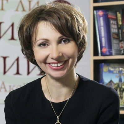 Мария Аксенова 1-min
